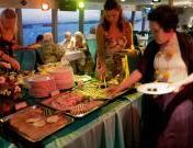 bali-hai-cruise-sunset-dinner-cruise-makan-malam-prasmanan
