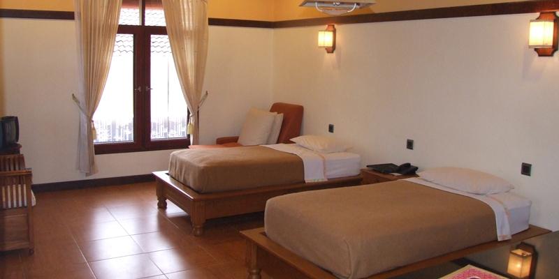 banyualit-spa-dan-resort-family-suite