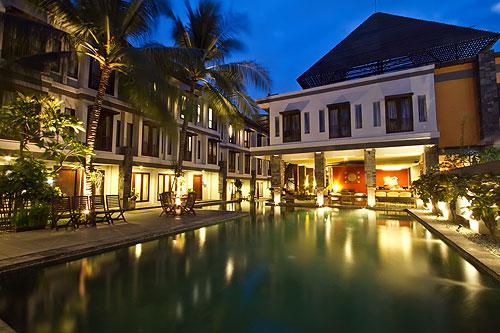 casa-padma-swimming-pool