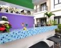 grand-kuta-hotel-pool-bar