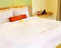 harris-residence-room-1