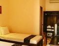 j-suite-room