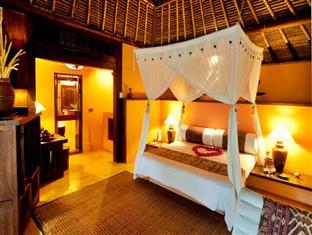 sasak-villa-bedroom