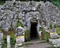 elephant-cave-temple-1