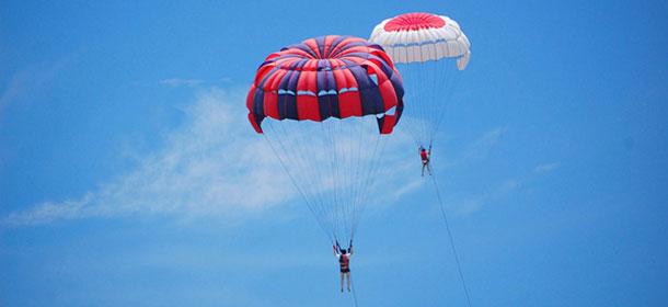 parasailing_0