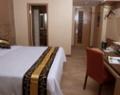 rivavi-fashion-hotel-room-1