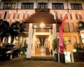 the-grand-santhi-hotel-entrance