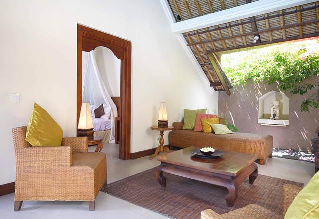 the-new-bli-bli-residence-six-bedroom-villa-living-room