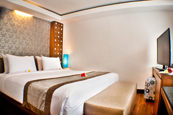 the-royal-eighteen-resort-room-05