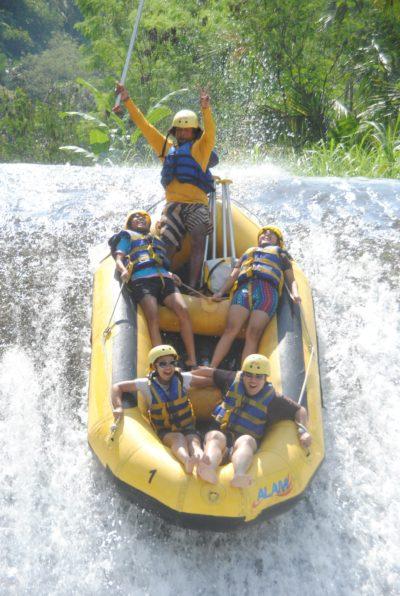 Rafting Sungai Telaga Waja