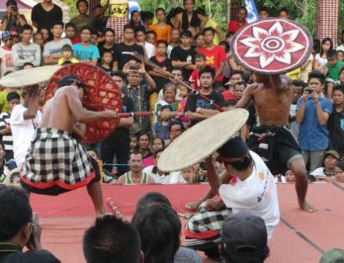 Tradisi Menarik di Bali, Gebug Ende